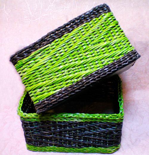 Плетение из газетных трубочек корзины узором зигзаг