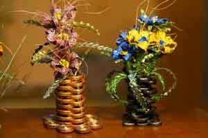 ваза для цветов из бумажных модулей