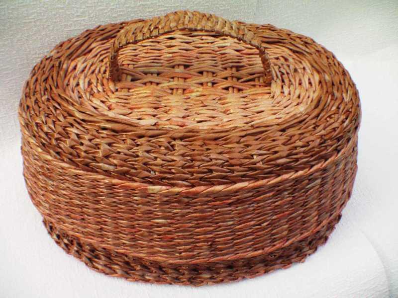 Плетение из газетных трубочек загибка верха